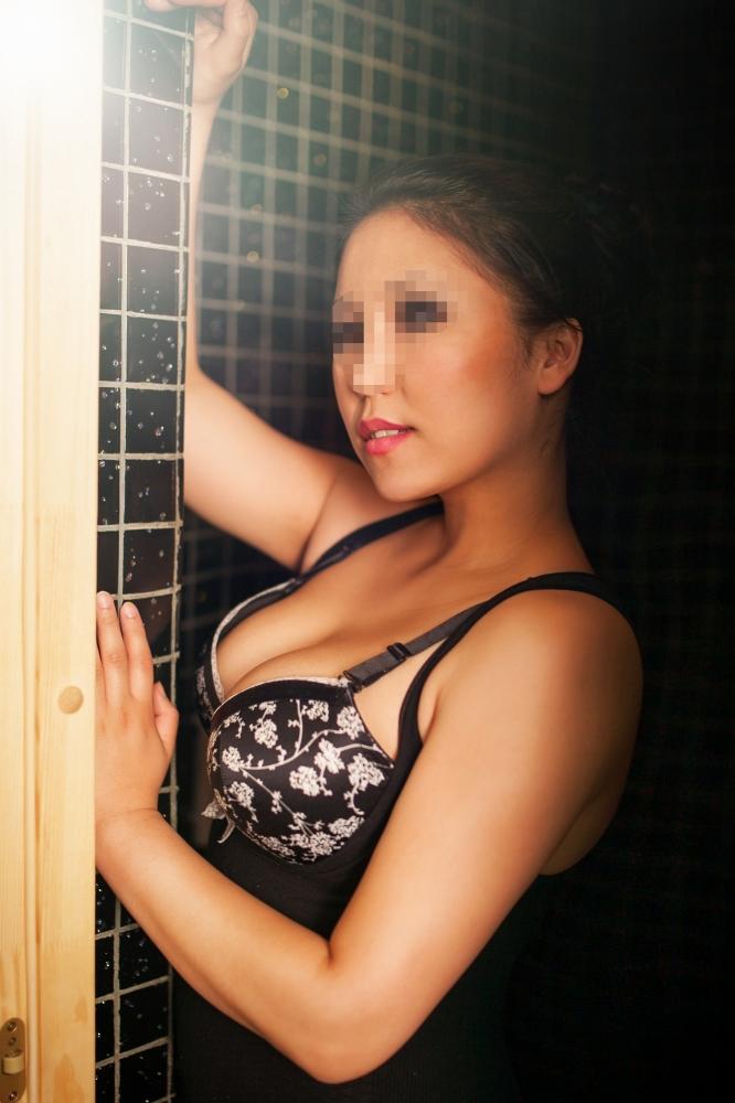 Проститутки екатеринбург ленинский район 1 фотография